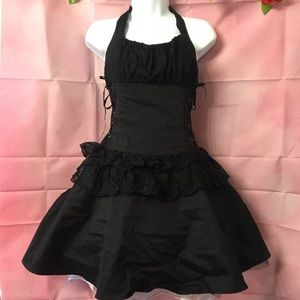 New Victorian Gothic Lace Ruffle Dress